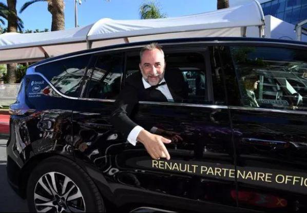 戛纳红毯不败王者 豪门新贵金杯F50首推超长质保 汽车殿堂