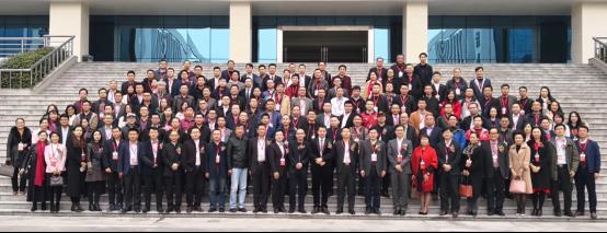 港桐鑫光电-光的信仰 11年品质铸就标杆亮化工程